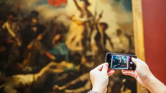Paris Louvre Museum Guided Tour - Main image