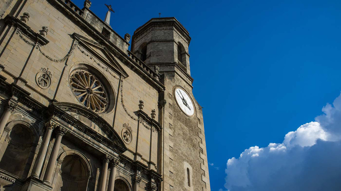Girona, Figueres and Dali Museum Guided Tour - Main image