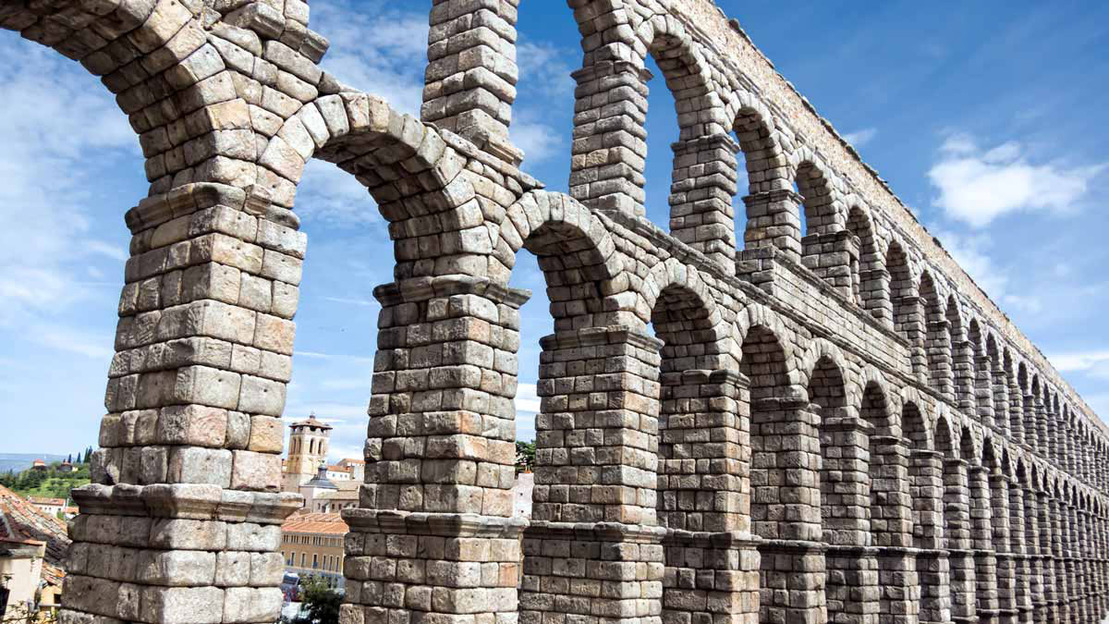 Visita guidata a Pedraza & Segovia da Madrid - Main image