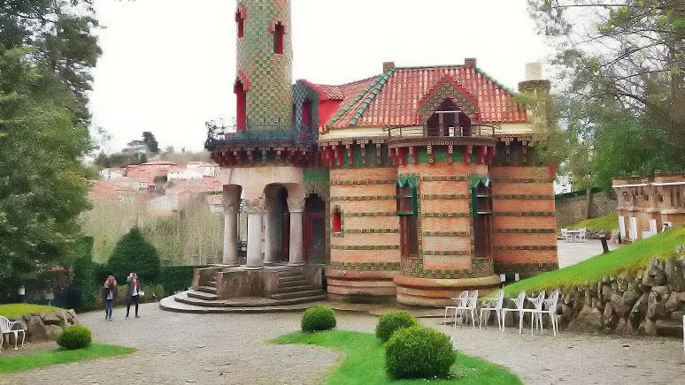 Escursione a Comillas e visita di El Capricho - Main image