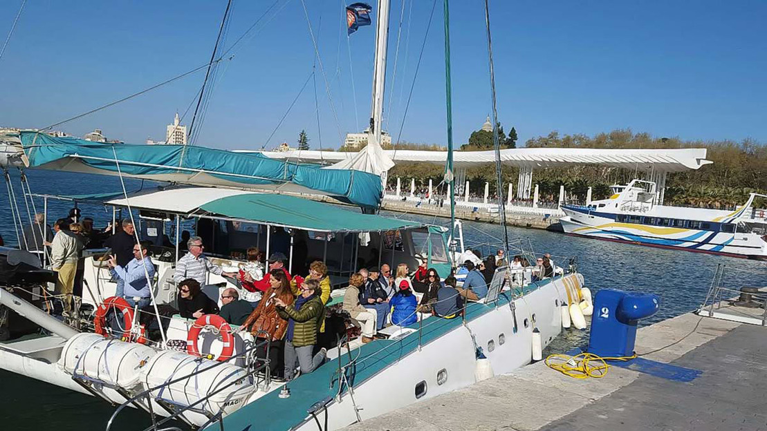 Sailing Trip and Tapas Dinner in Valencia - Main image