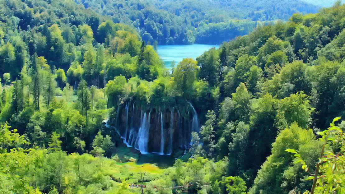 Plitvice Lakes National Park Full Day Tour - Main image