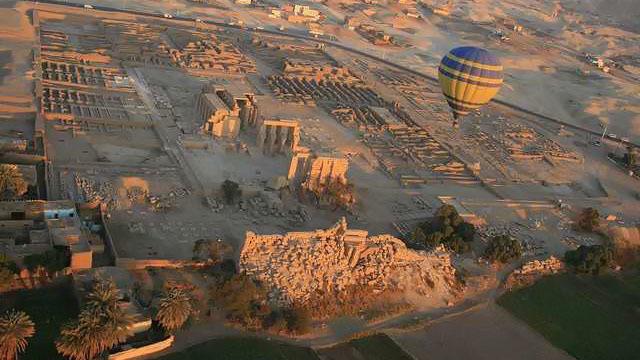 Escursione in mongolfiera sopra Luxor - Main image