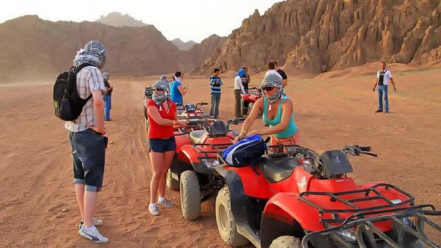 Avventura nel deserto sui Quad e visita all'accampamento beduino - Main image