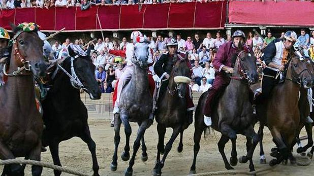 Siena Palio horse race- admission tickets with transfer - Main image