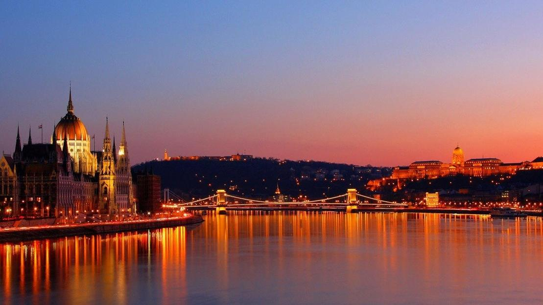 Budapest Notturna: Crociera Fluviale - Main image