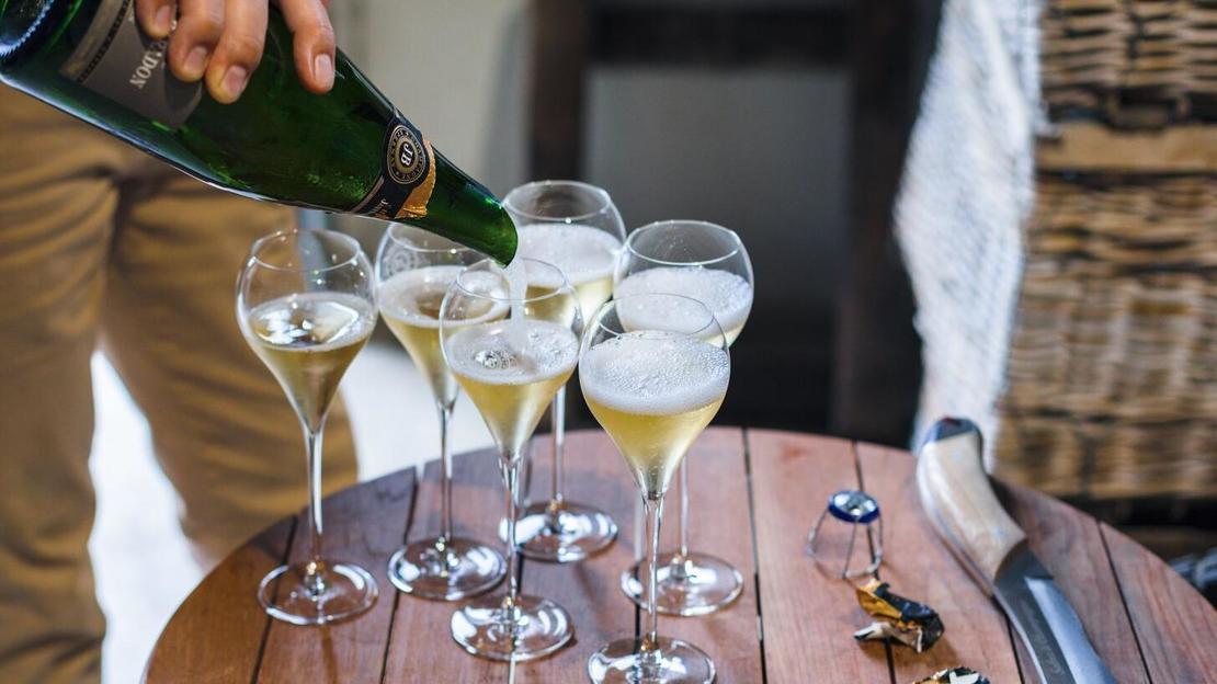 Gita giornaliera di lusso per piccoli gruppi con champagne - Main image