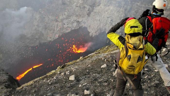 Trekking al vulcano Etna e crateri sommitali - Main image