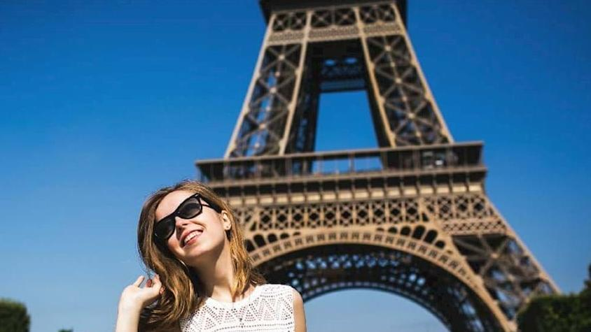 Esperienza di arrampicata sulla Torre Eiffel con il vertice - Main image