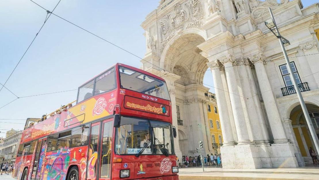 Tour Hop-On Hop-Off di Lisbona in autobus - Main image