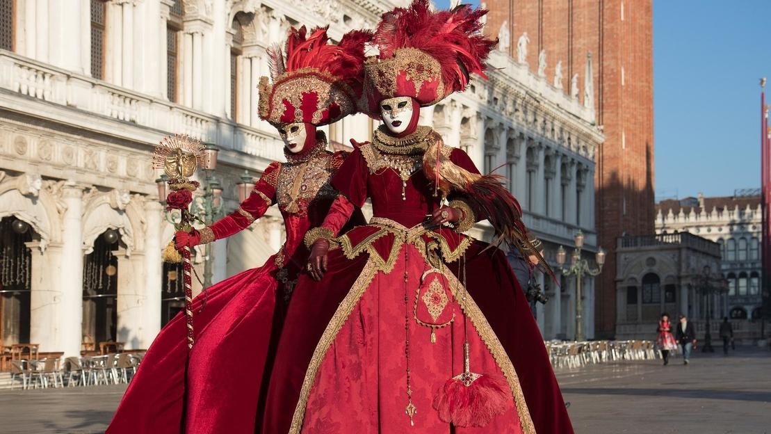 Venice Carnival walking tour - Main image