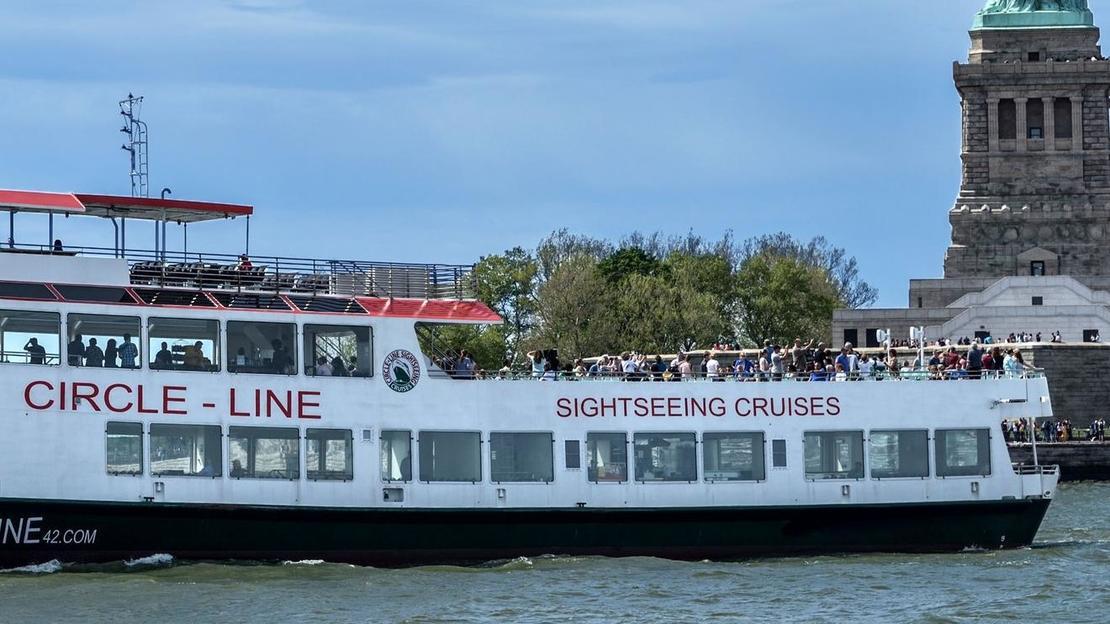 Tickets for Circle Line - New York landmarks sightseeing cruise - Main image