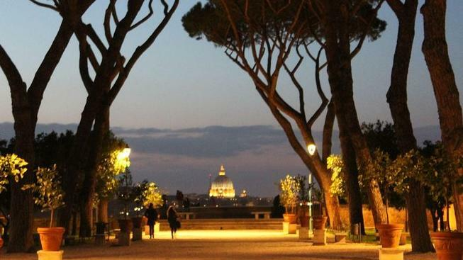 Rome by Night Private Sightseeing Chauffeured Tour - Main image